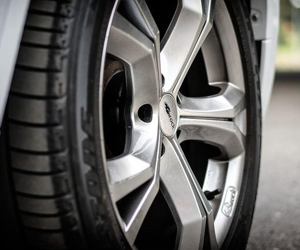 Por qué mantener nuestros neumáticos en buen estado