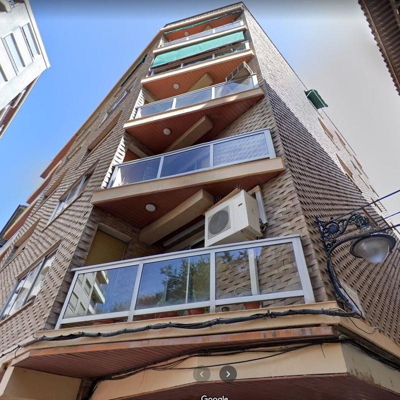 Plaza San Pedro Nolasco nº 4, 105 metros, 4 dormitorios, 2 baños, garaje:  de Fincas Goya