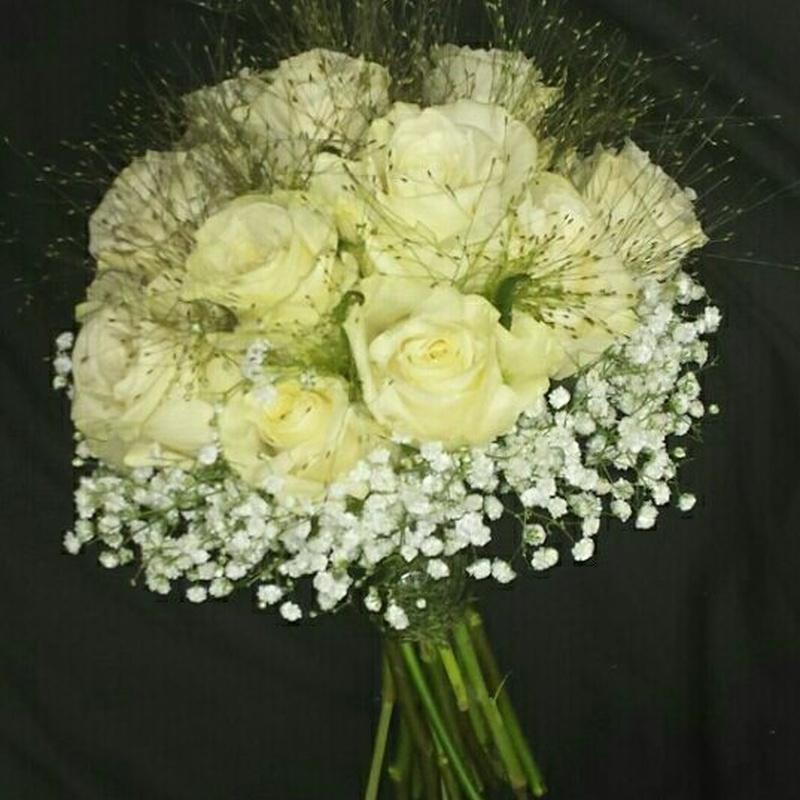 Ramos de novia: Servicios de Floristería Elena