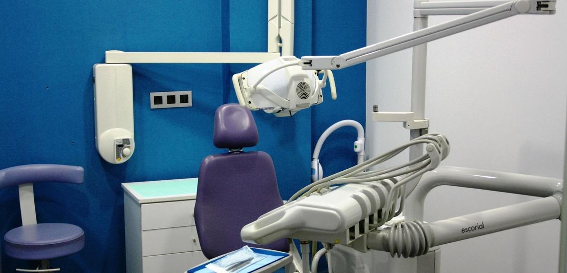 Implantes dentales económicos en Torrent en clínica Fortaña-Giménez
