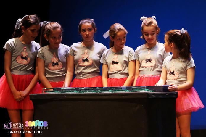 Predanza: Actividades y horarios   de Taller de Danza de Alcalá
