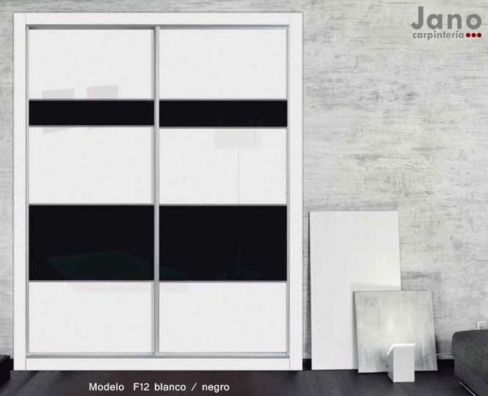 Frente de armario puertas correderas blanco y negro en Madrid y Toledo