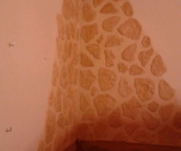 Detalle realizado en una cocina campera, imitación piedra.