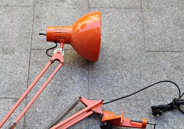 Lámpara articulada FASE