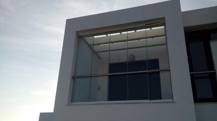 La terraza del dormitorio principal...: Proyectos realizados de Hogar Dulce Hogar