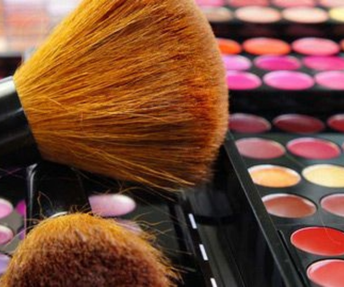 Maquillaje profesional: Productos y aparatología de Otero Cosmética y Aparatología