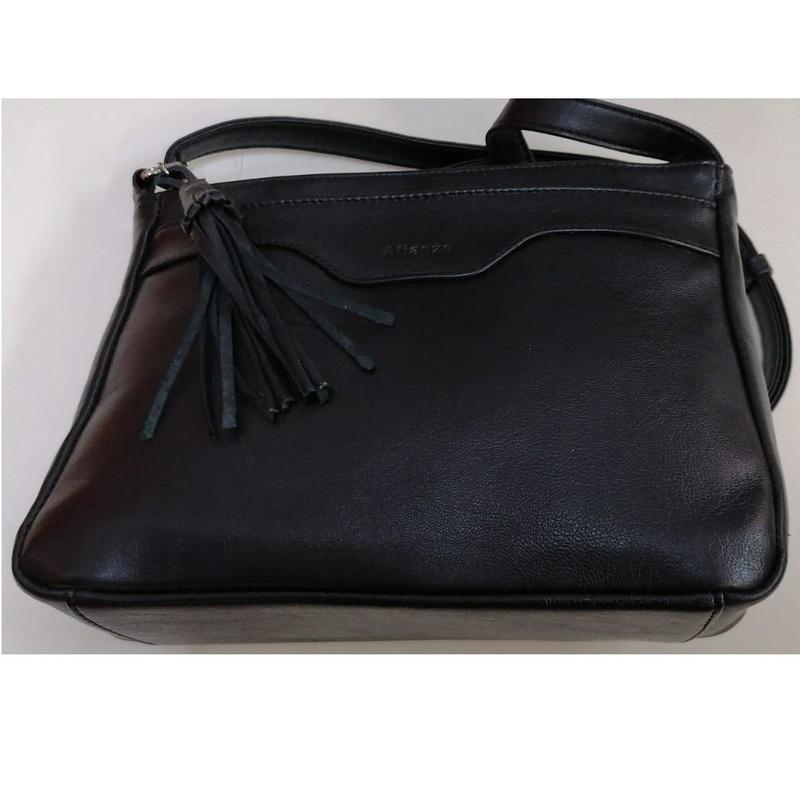 Bolso negro, en oferta: Productos de Zapatería Ideal
