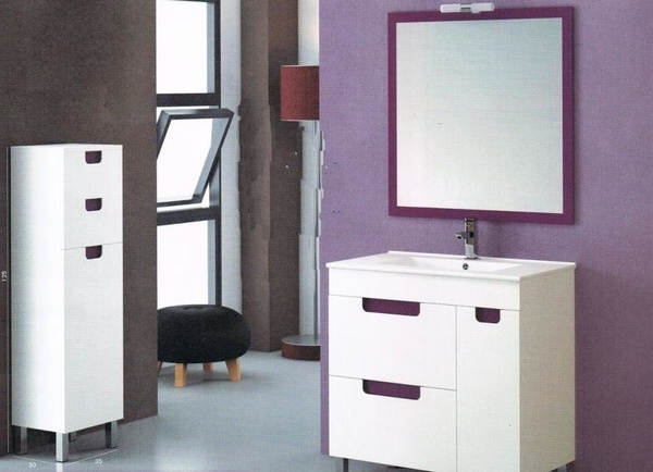 Mueble Sena blanco-morado de 80 con lavabo extrafino, espejo Ríos y foco P
