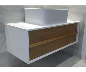Muebles de madera con acabados