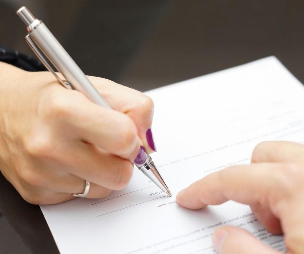 Las razones por las que hay que hacer siempre contrato a la hora de alquilar