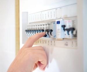 Instalación de cuadros eléctricos en Llubí, Baleares