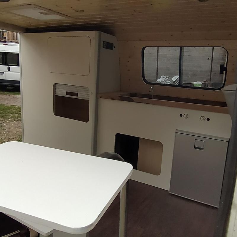 Volkswagen T4 - 2 plazas: Servicios de CamperIbiza