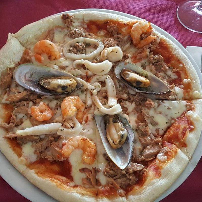 Pizzas y bocadillos: Carta de Restaurante Amarca
