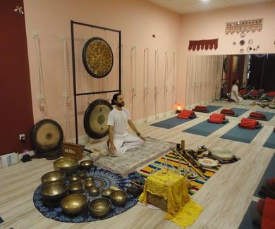 Clase de Kundalini y Baño de gong