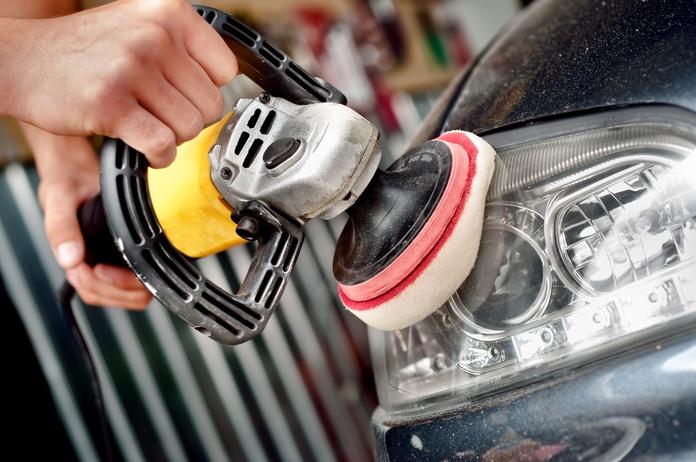 Restauración de faros: Servicios de GT-R Motor