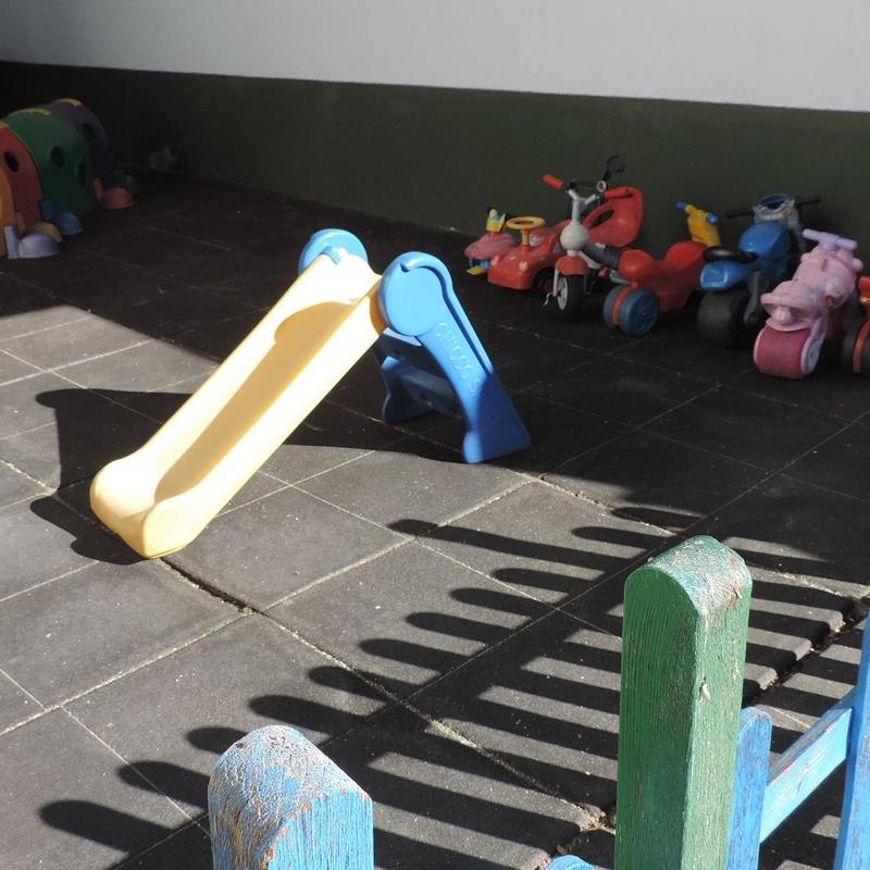 Patio: Servicios de Los Pequeñitos Escuela Infantil