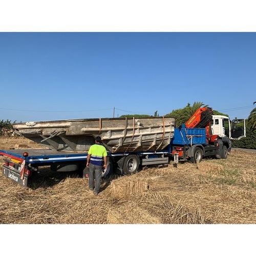 Camión con grúa Pk44002 con remolque