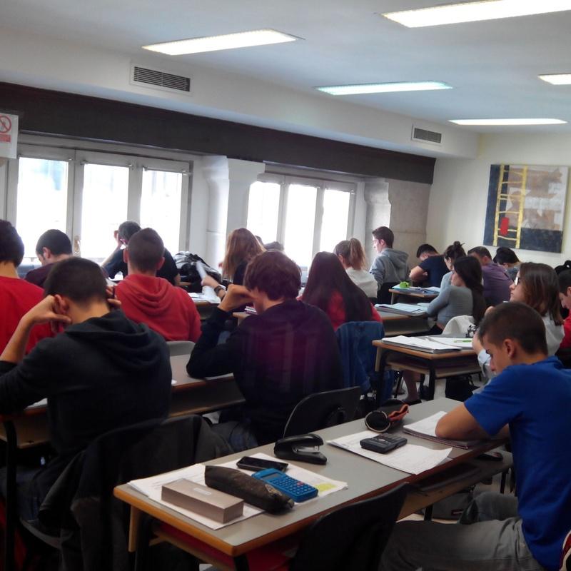 Selectividad (PAU-LOE, PCE de UNED-EXTRANJEROS) : Nuestros Cursos de Instituto de Orientación Educativa JM