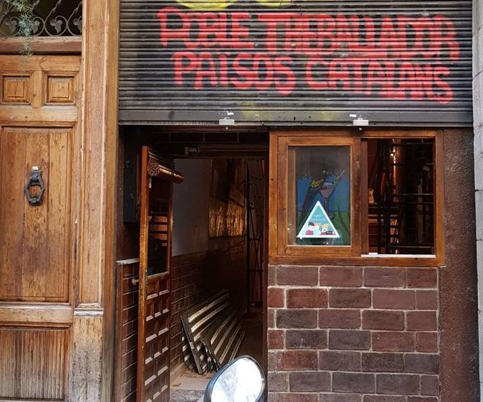 Obra Passeig del Born 18 Barcelona con mortero Igniver proyectado sobre estructuras metálicas y madera