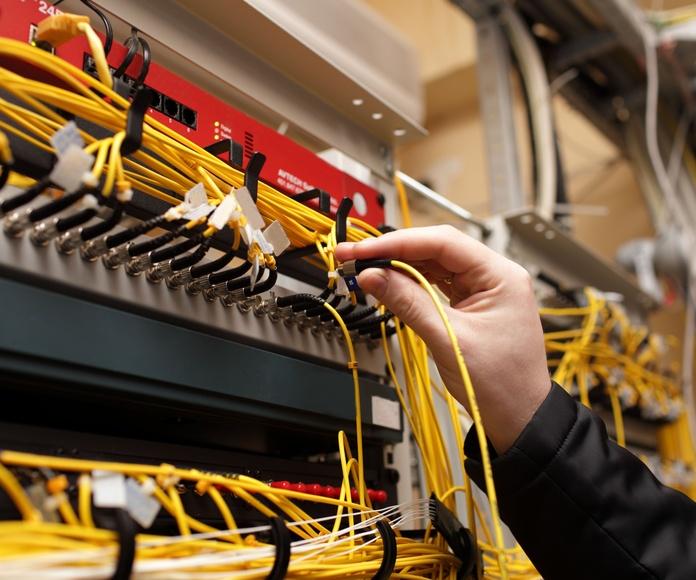 Telecomunicaciones: Servicios de Dimont Electricidad