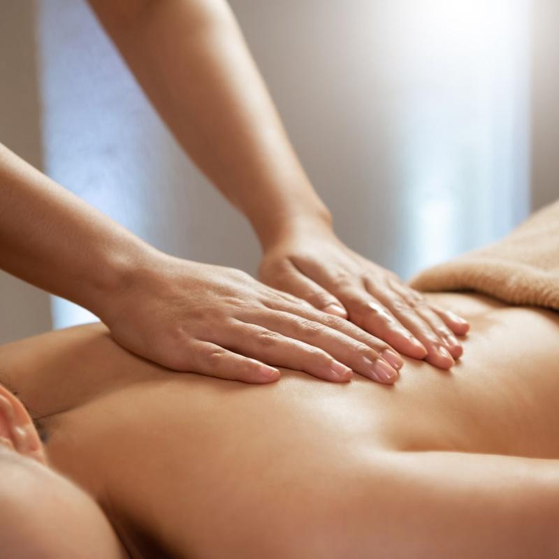Masajes y tratamientos corporales: Servicios de Nefertiti Estética Avanzada
