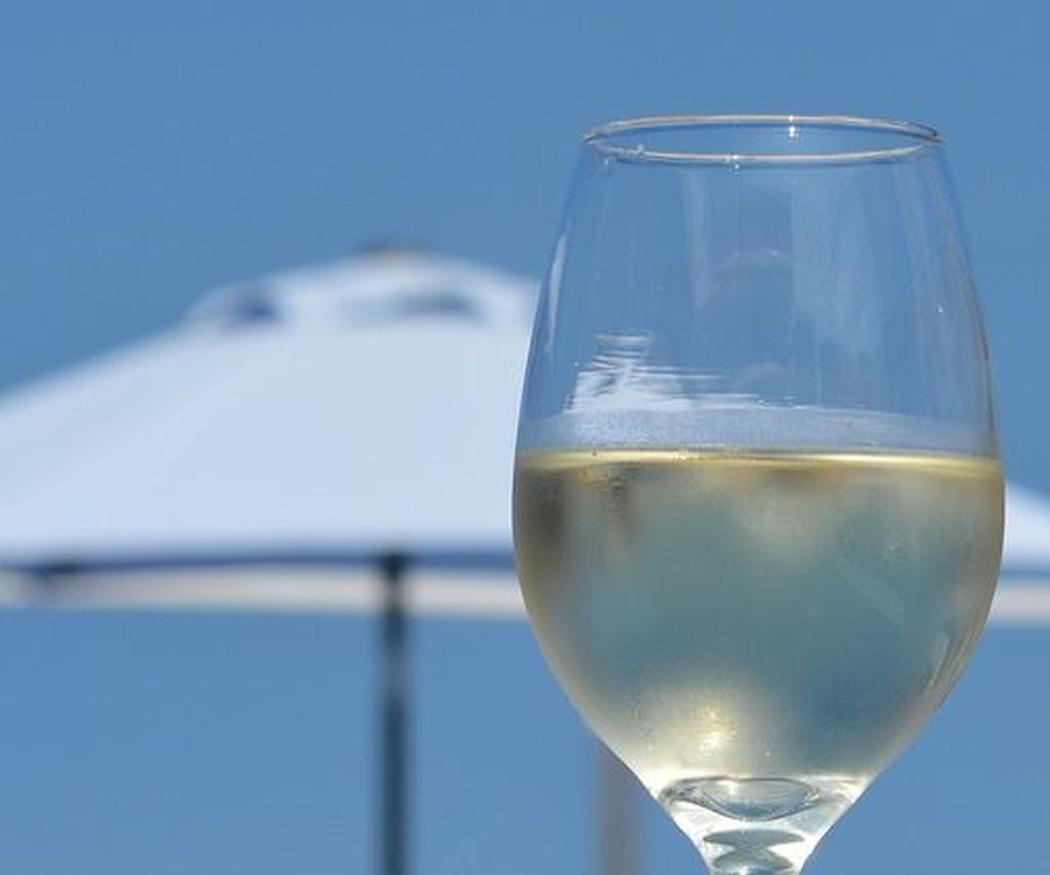 El vino blanco, el pescado y el marisco