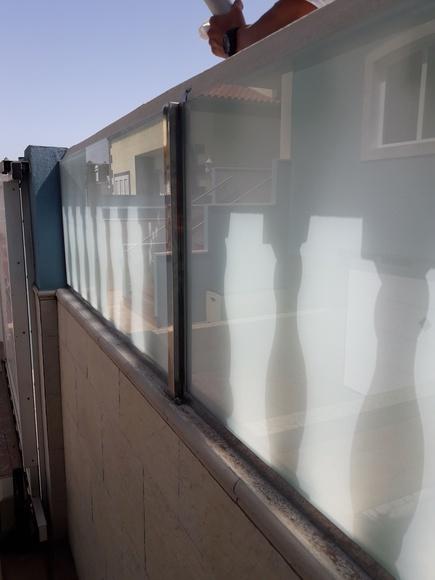 Cerramientos para terrazas: Servicios de Cristalería La Herradura