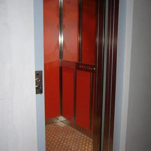 Instalación de ascensores y montacargas en Barcelona
