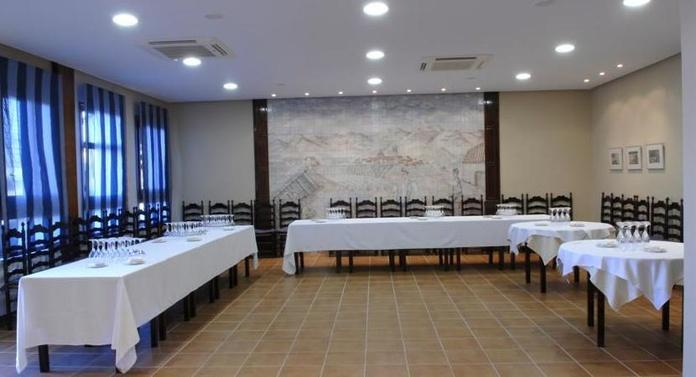 Restaurante: Instalaciones y Servicios de Hotel Cariñena