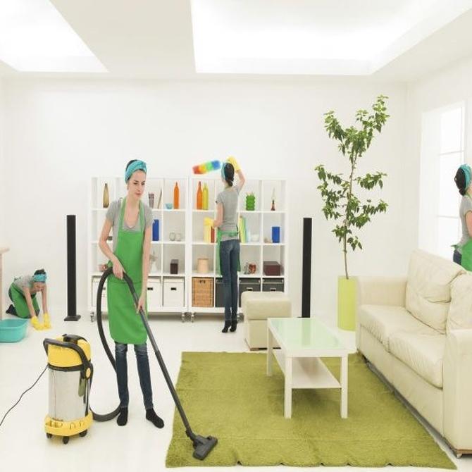 La ayuda de una empresa de limpieza