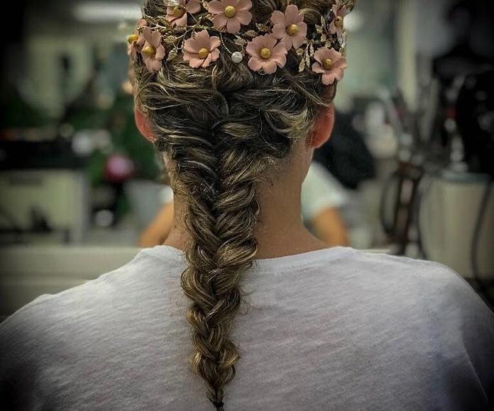 Peinados de fiesta: Servicios de Peluquería Mari Ló