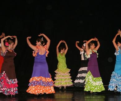 Aprende a bailar Sevillanas en Noviembre