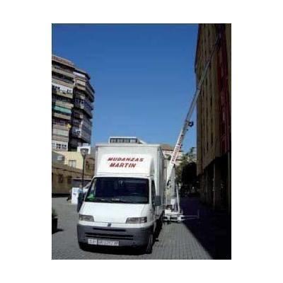 Nuestros Servicios: Transportes y Mudanzas T. Martín