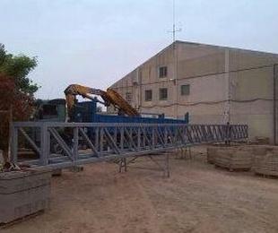 Fabricación y montaje de puente de instalaciones