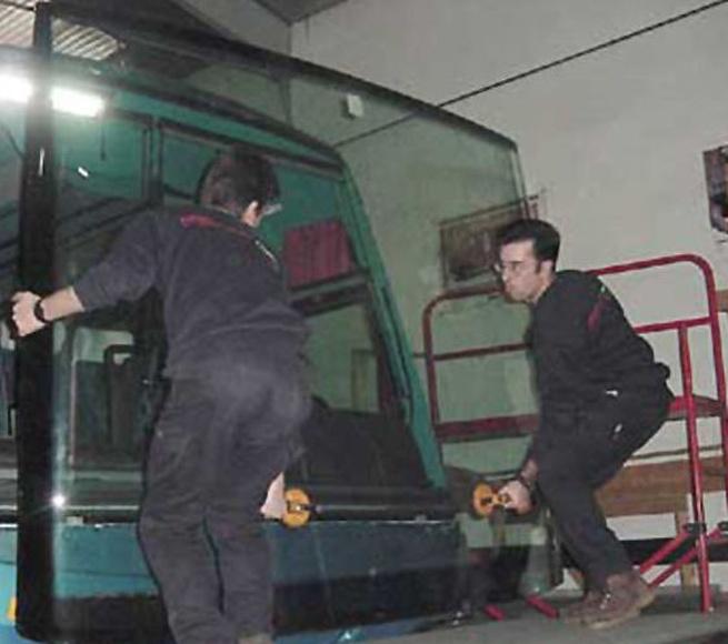Ventanas de vehiculos: Servicios de Cristal - Auto Valladolid