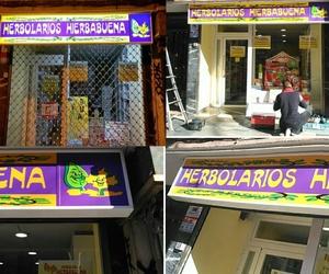 Rótulo tipo cajón con luz instalado en la calle Illescas Madrid