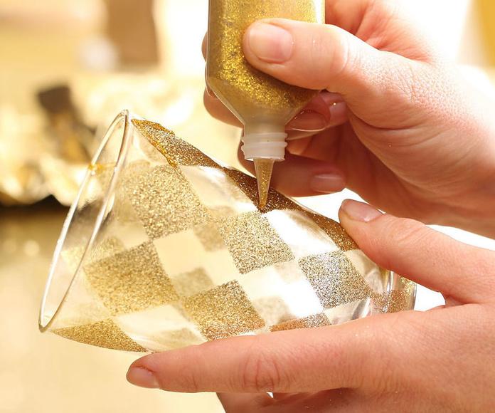 Pintura para vidrio Valencia, Pintura para cristal Valencia, Distribuidor de pinturas para vidrio y cristal, Pinturas especiales para vidrio y cristal Valencia, Pinturas industriales para vidrio y cristal Valencia