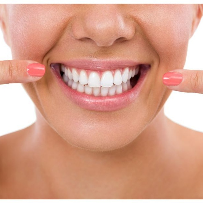 Los implantes dentales te ayudan a recuperar tu sonrisa