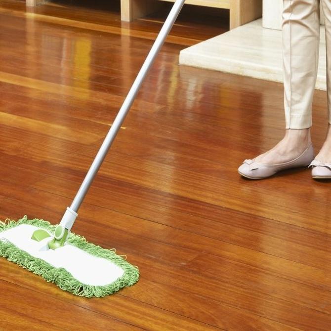 Cuidados básicos para la limpieza de los suelos de tarima