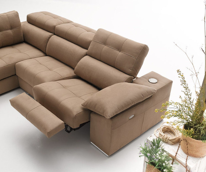 Sofa 4: Nuestros muebles de Muebles Aguado