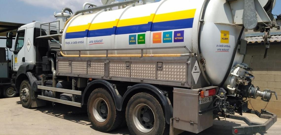Camión cisterna en Girona