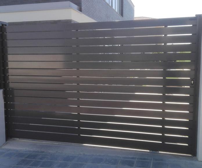 Puerta corredera de Alumino gris FAREM AGMA