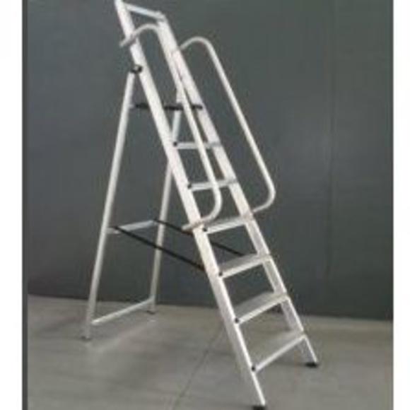 Escalera homologada EN-131: Productos  de Rentimas