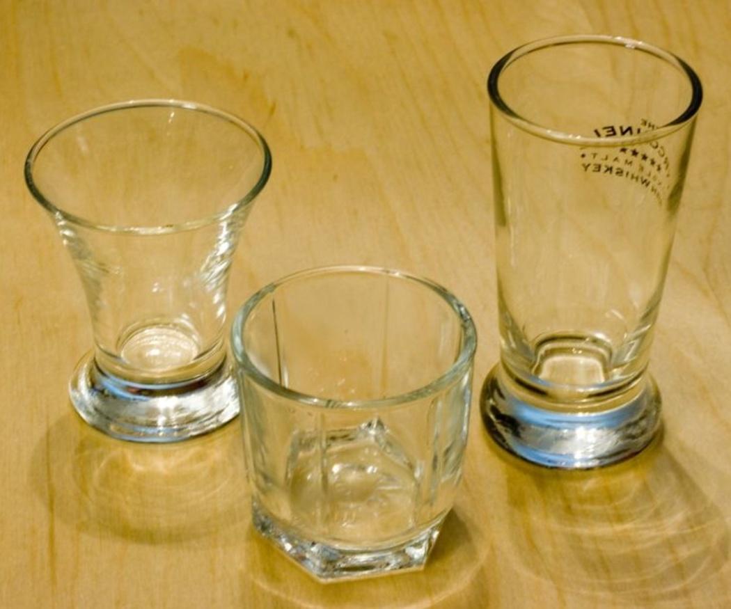 Regala vasos de chupitos personalizados