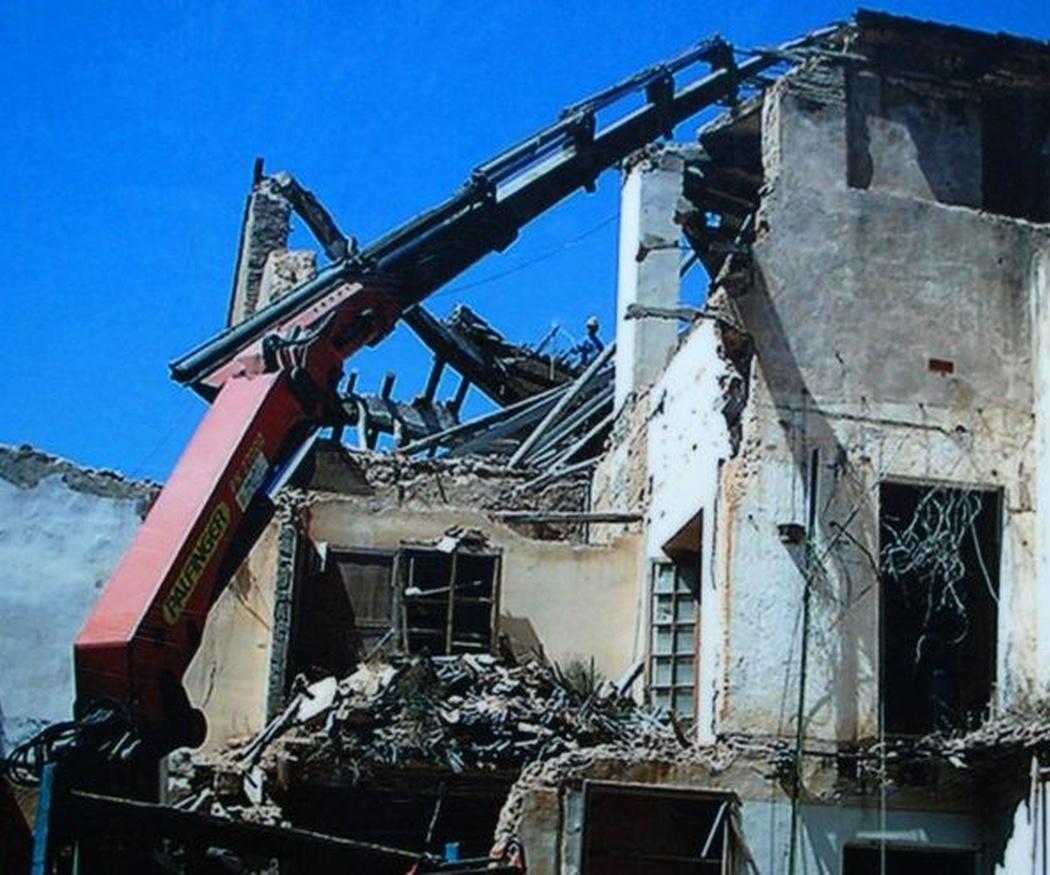 La demolición de edificios