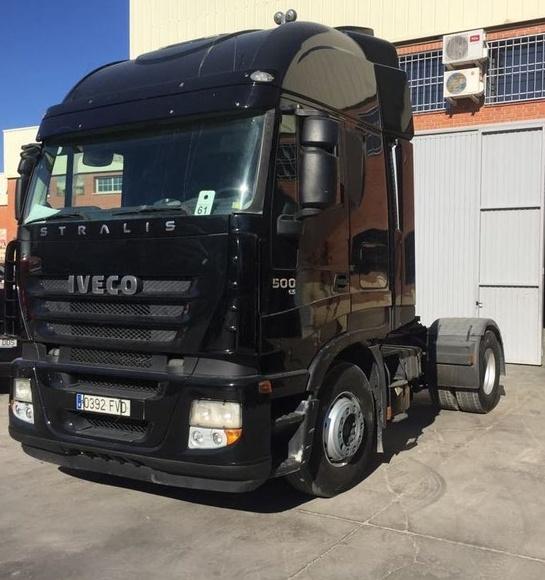 IVECO AS440S50TP E5: Vehículos industriales de Emirtrucks Trading