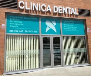 Implantes dentales en Jerez de la Frontera - Clínica Dental Dr. Juan Luis Sánchez