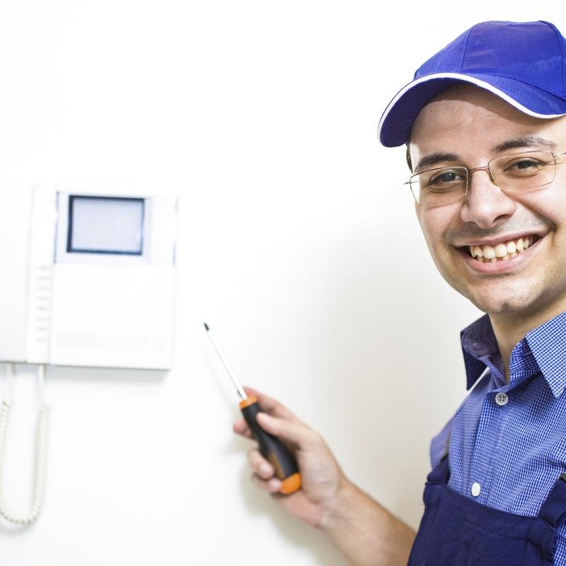 Porteros y videoporteros: Servicios de Josma Electricidad Galicia