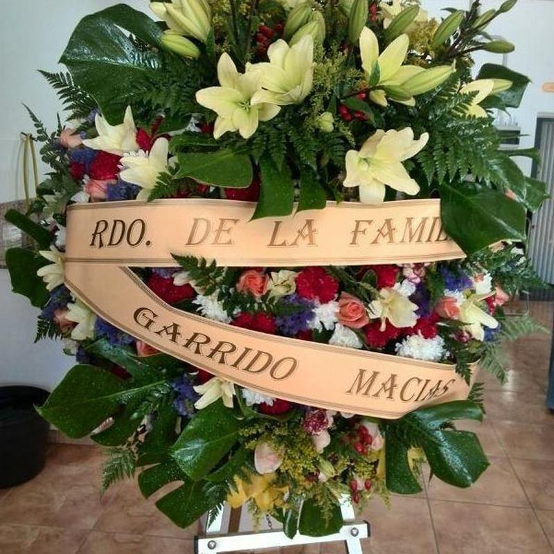 Corona Ref: 08: Productos y servicios de Funeraria El Platero