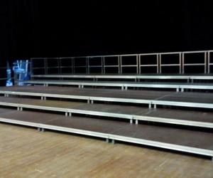 Gradas y escenarios modulares para eventos